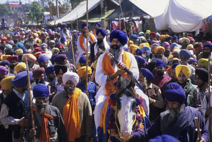 PROCESSION OF THE HOLA MOHALLA, ANANDPUR SAHIB, PUNJAB, INDIA
